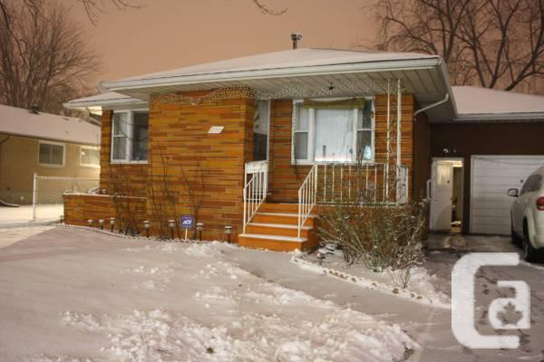 $ 159000 3br - Home in Sarnia Available