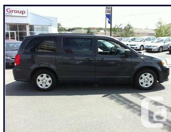 === 2011 Dodge Grand Caravan SE/SXT === Low monthly