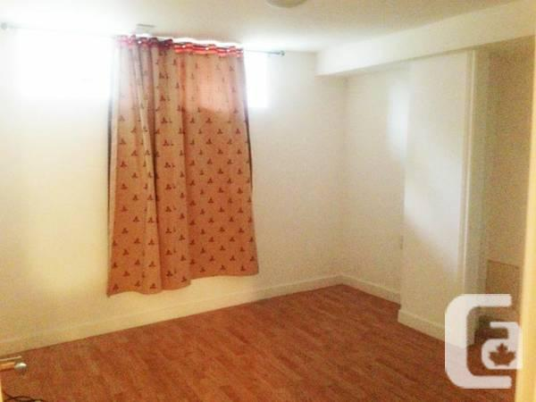 0 / 1br - 740ft² - Cellar at Victoria Park and