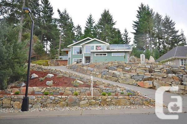 0000 / 3br - 2600ft² - NEW BC house on the Course