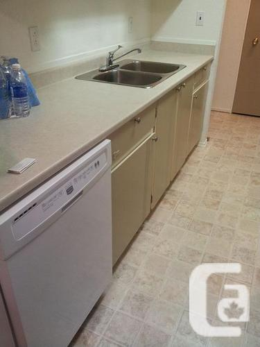 1 bdrm, Available August 1st, FREE HT/HW, NR Hospital