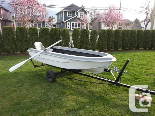 10' fiberglass boat - $900