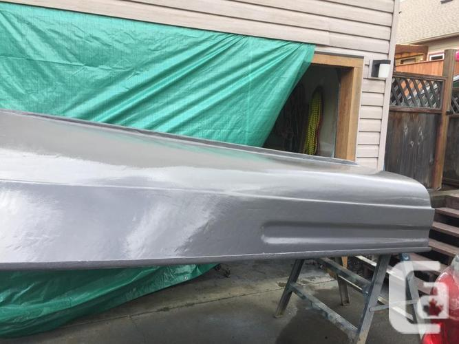 10 foot fibreglass boat and oars ONLY
