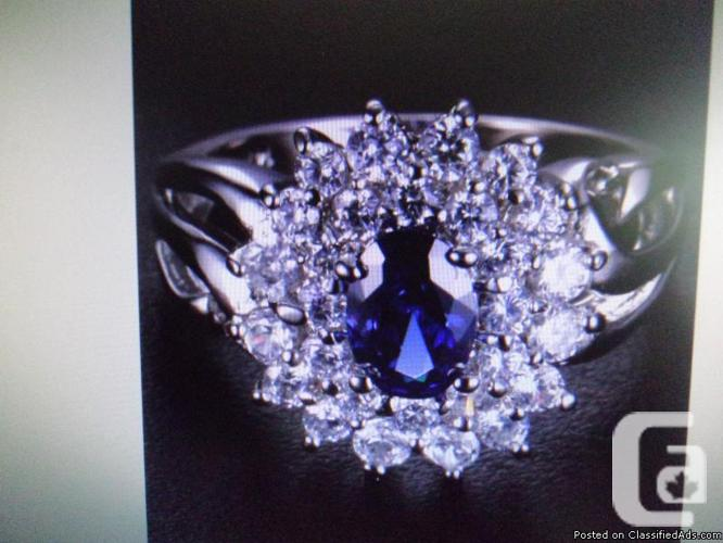 100% Natural 2.00ct Sapphire Ring with White Topaz