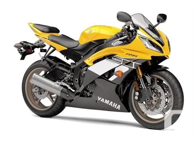 $11,599 2016 Yamaha YZF-R6 60th Anniversary Yellow