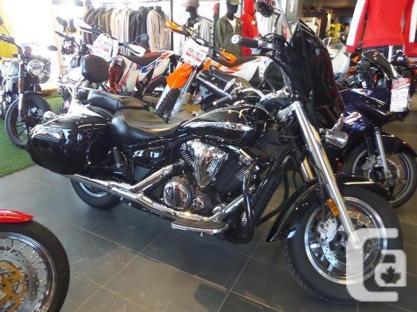 $12,995 2015 Yamaha V-Star 1300 Deluxe SE Motorcycle