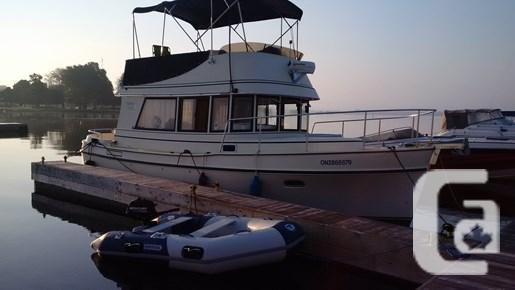 $125,000 2006 Camano 31 Trawler Boat for Sale