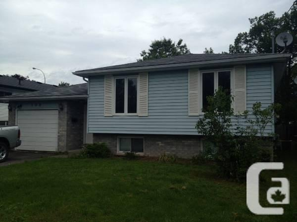 $1300 / 3br - 3 bedroom home