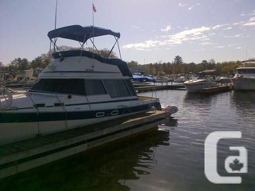 $15,000 1984 Bayliner 3270 Boat for Sale