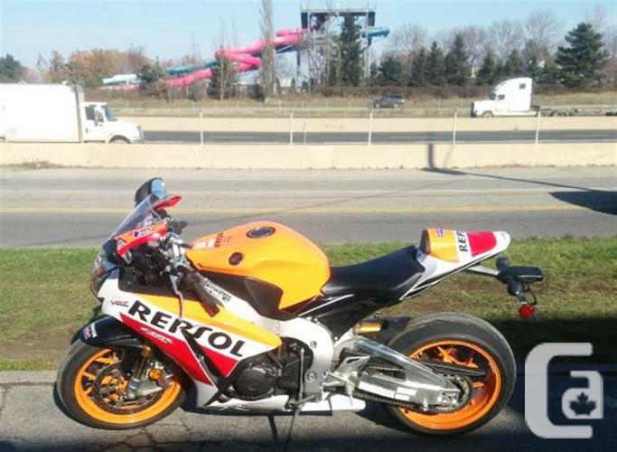 $16,999 2015 Honda CBR 1000RR Repsol Motorcycle for