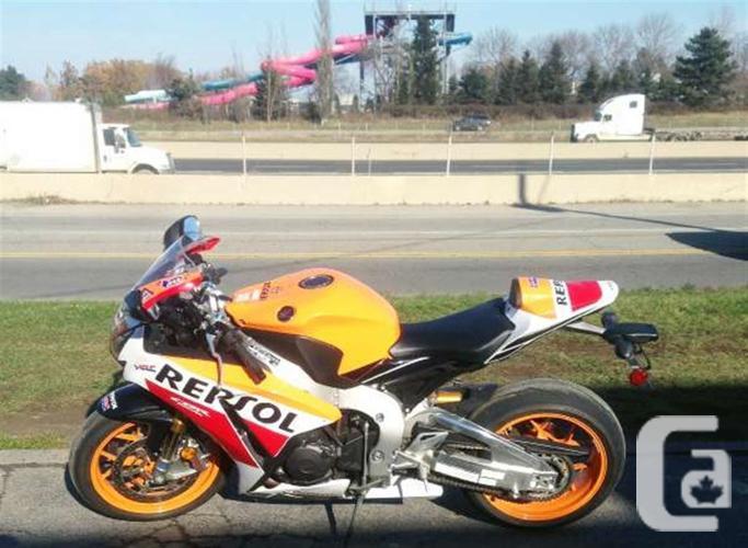 $16,999 2015 Honda CBR 1000RR Repsol Motorcycle for