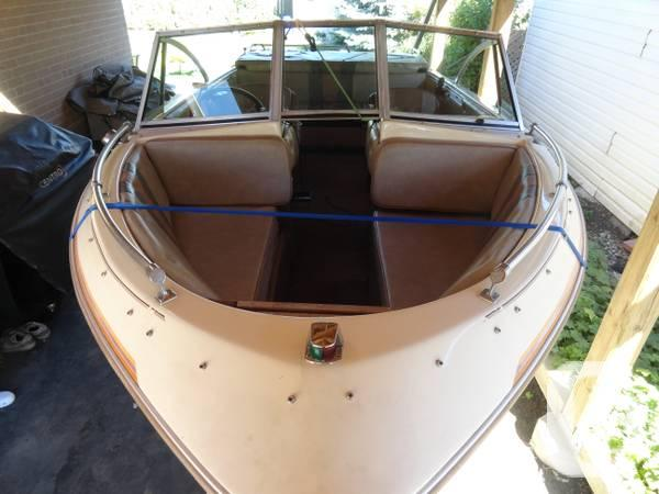 16' Bowrider + OMC that is 120hp I engine + truck!!! -