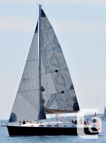 $164,900 2004 Beneteau Cyclades 43 Boat for Sale