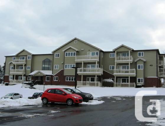 $164900 / 2br - 920ft² - 106 - 40 Chelton Woods Lane