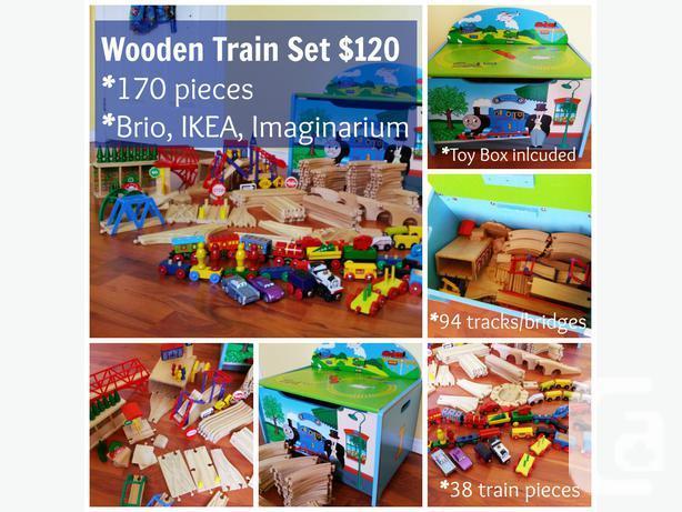 170 Piece Wooden Train Set + Thomas Tox Box