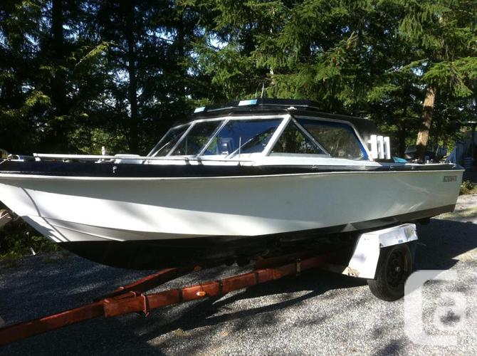 18 foot vessel with and hardtop hp mercruiser inboard