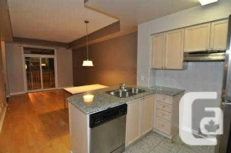 $1900 / 2br - 650ft² - 1 Bed, 2 Bath Townhous at South