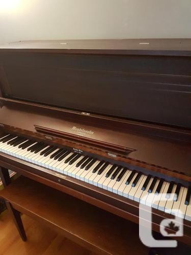 FREE: 1901 Mendelssohn upright piano