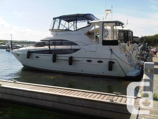 $198,900 2004 Meridian 408 Motor Yacht Boat for Sale