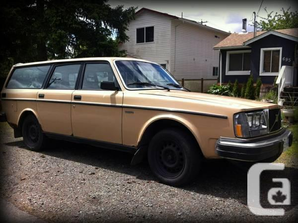 1984 volvo dl station wagon standard for sale in nanaimo british columbia classifieds. Black Bedroom Furniture Sets. Home Design Ideas