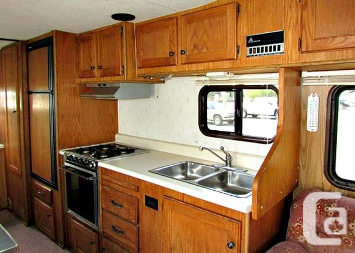 1985 royal classic 26 class c motorhome for sale in for Royal classic house