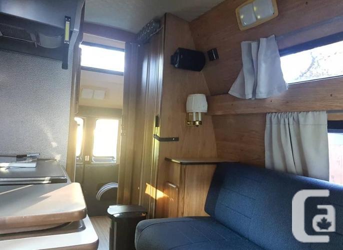 1989 Dodge Ram Getaway Camper Van