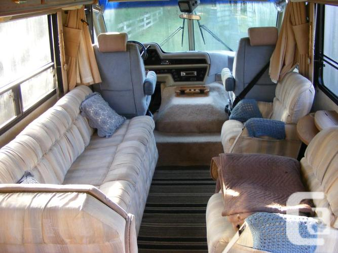 1990 ...ITASCA SUNFLYER 38 FT....49,000 MILES..MUST