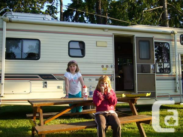 1990 royal classic class c motorhome for sale in nanaimo for Royal classic house