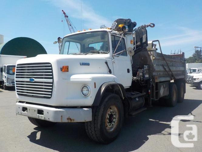1995 Ford L9000 Dually Diesel Dump Truck w/ Air Brakes