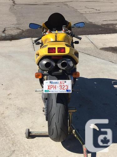 1998 Ducati 748 Superbike