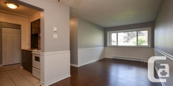 2 bedroom~priced to Sell~Beacon Hill