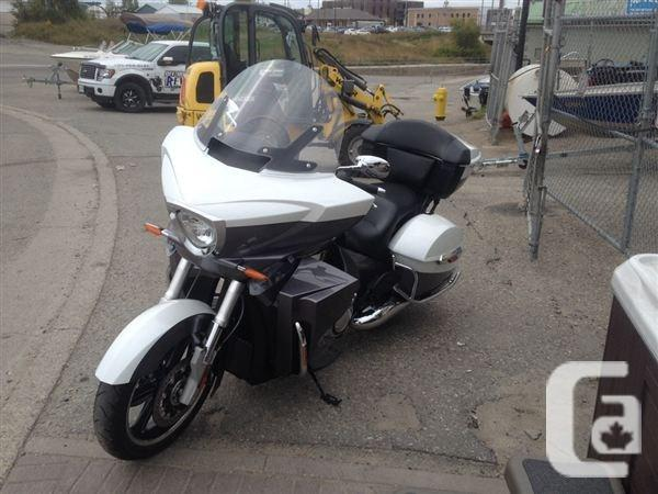 $20,995 2015 Victory Cross Country Tour Motorcycle for