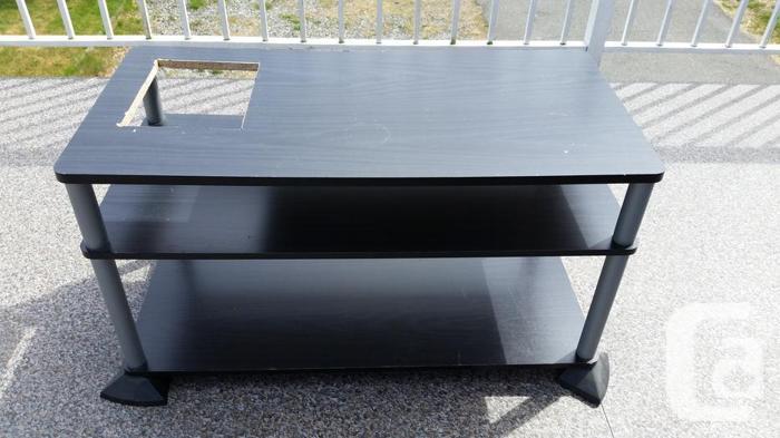 20 Gallon Terrarium, UTH, custom-cut table, accessories