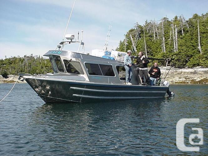 2000 30 ft EagleCraft Coastal Cruiser Sport Fisher Alum