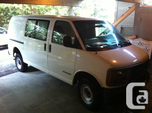 2001 GMC Savana 3500 Van - $2000