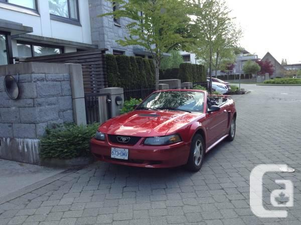 2001 Mustang Convertable - $4900