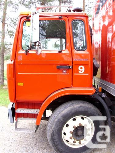 2001 Red Mack Midliner MS300 Cab and Chassis