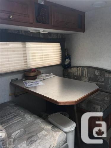 2003 Bigfoot camper on 2003 Chev 3500 diesel