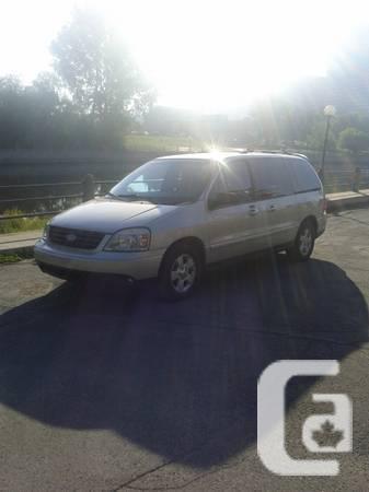 2004 Ford Freestar Sport Minivan - $3500