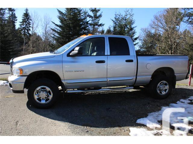 2005 Dodge Ram 3500 SLT/Laramie 4x4 Quad Cab(090A)