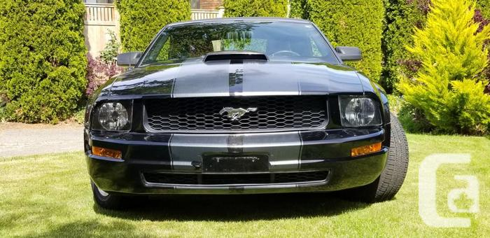 2006 Ford Mustang Convertible V6 auto