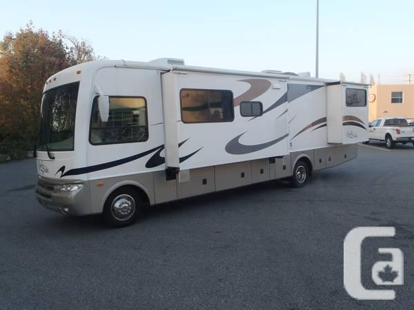 2006 National Surfside 34FT Class A Motorhome