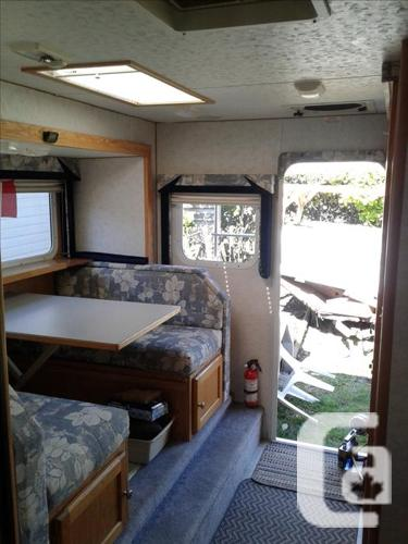 "2007 Snowbird 9'6"" Truck Camper with slide out"