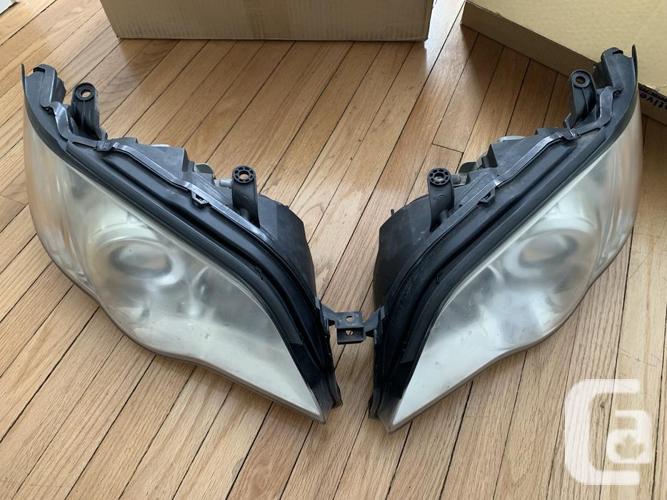 2008/2009 Subaru Legacy OEM Headlights Assembly Left +