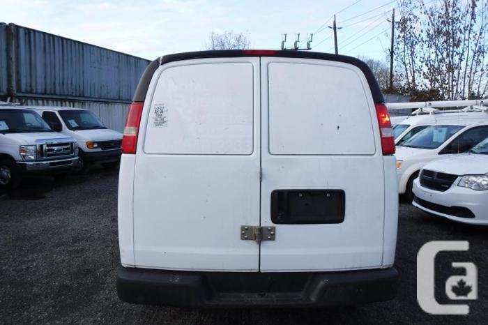 2008 Chevrolet Express 2500 Cargo Van with Rear