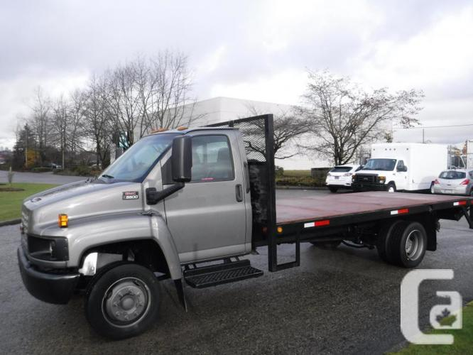 2008 GMC C5500 17.6 Foot Flat Deck 3 Passenger with