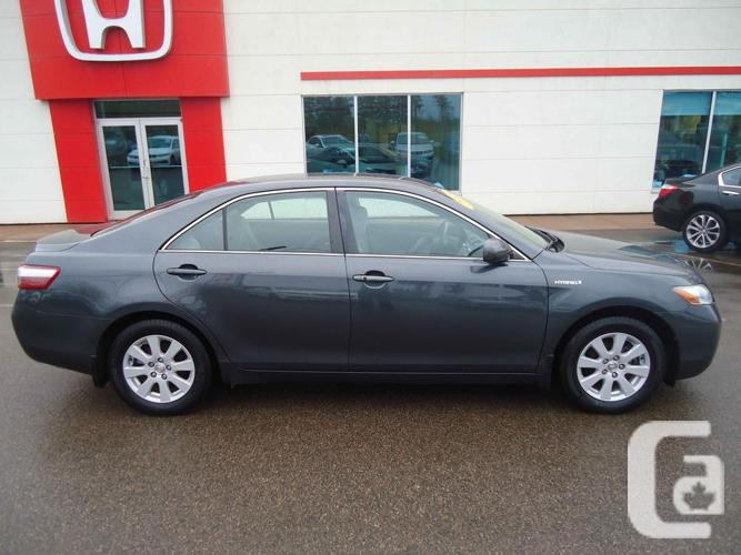 2008 toyota camry hybrid auto save lower your carbon footprint for sale in summerside. Black Bedroom Furniture Sets. Home Design Ideas