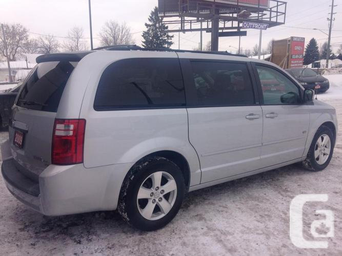 2009 Dodge Grand Caravan SE Stow N Go - Financing