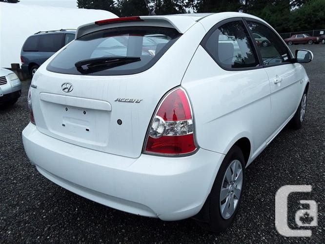 2010 Hyundai Acccent SE, Selling saturday on site and