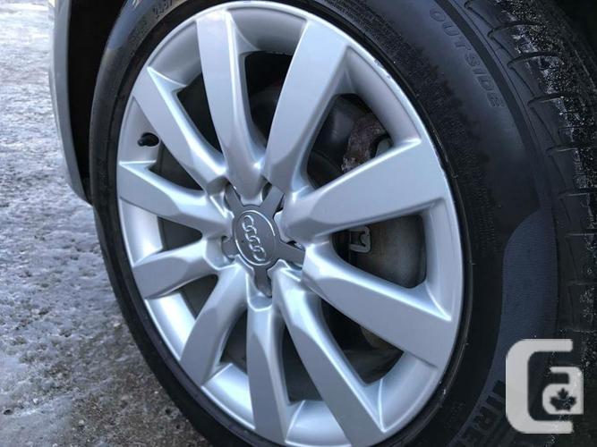 2011 Audi A4 2.0T Premium - NO ACCIDENTS! - NAVIGATION!